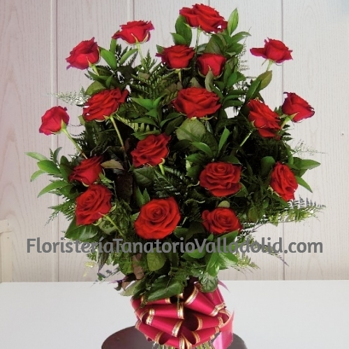 Ramo funerario 18 rosas para tanatorio con envio urgente