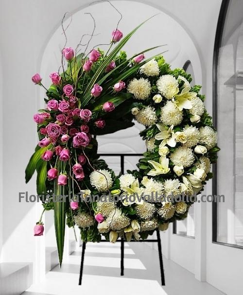 Corona funeraria diseño rosa y blanco para tanatorios con envio urgente