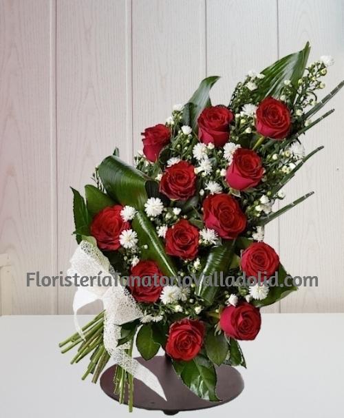 Ramo funerario 12 rosas rojas para tanatorio envio urgente